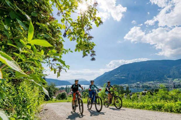 Biken am Ossiacher See | © Region Villach Tourismus –  Michael Stabentheiner